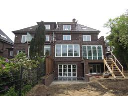Hauserweiterung Balkon Terrasse. Hausbau Haus Neubau Haus Sanierung Haus  Erweiterung Schlüsselfertiges Haus